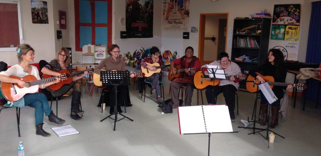 Atelier guitare et chant avec Amandine Demarcq - A vous de jouer